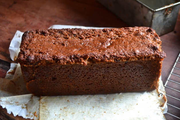 Home » » Uncategorized » Date and Raisin Loaf